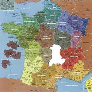 Puzzle France fait  avec 4 pièces dehors